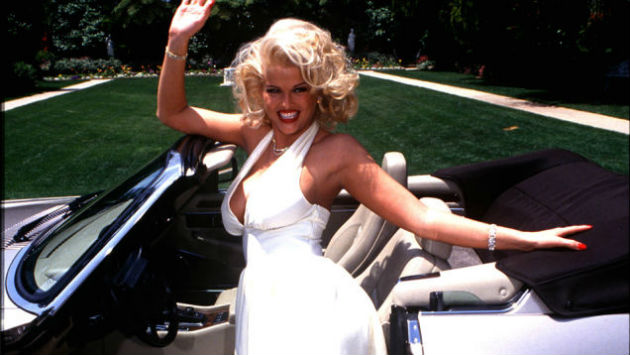 The 17 Things We Love Most About Anna Nicole Smith